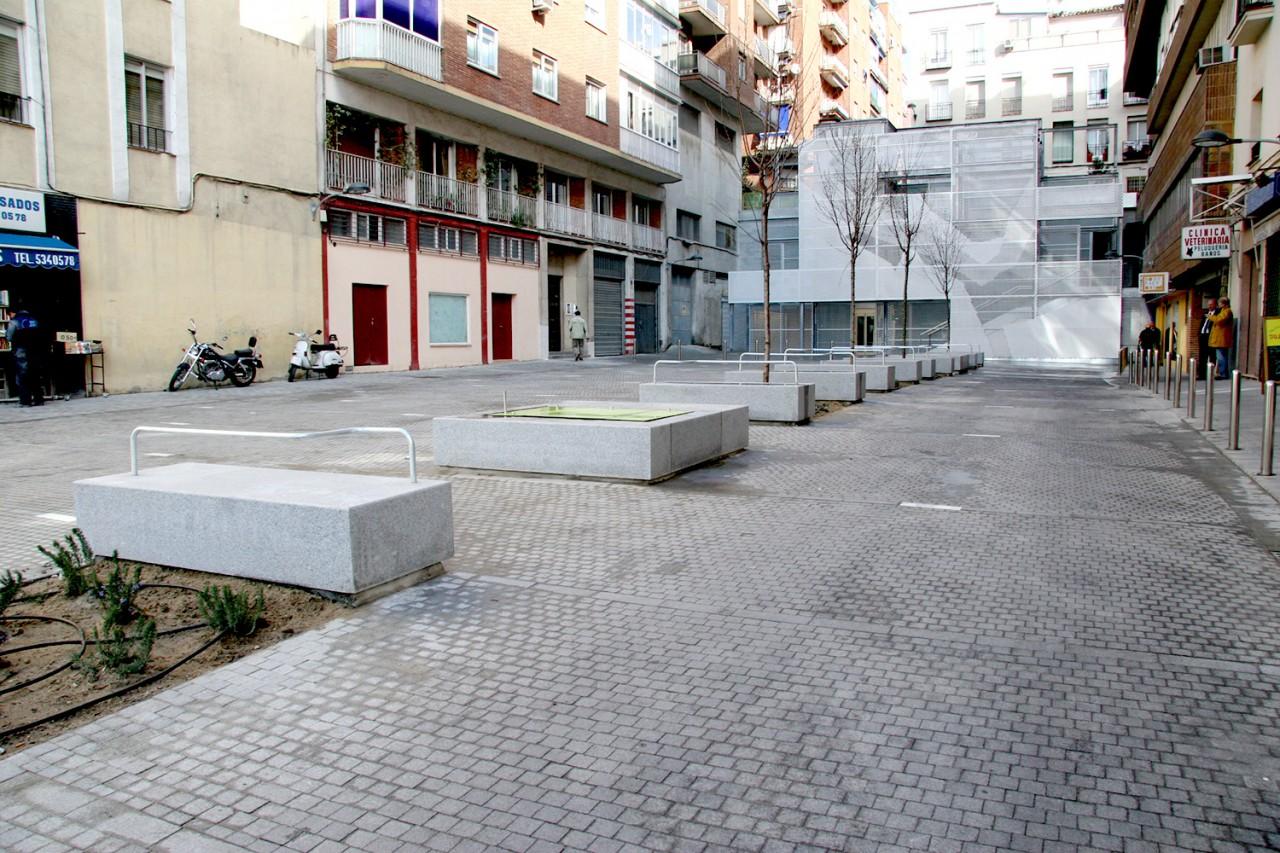 MARIA G. DE LAMO REMODELACIÓN DEL ACCESO A LA CALLE DULCINEA, MADRID